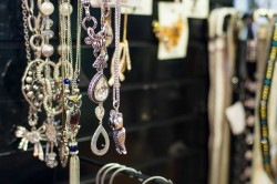 Jewelry & Other Accessories